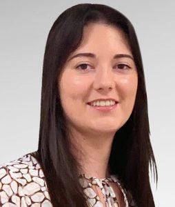 <strong> Sarah Hicks </strong> <br> Sales Executive